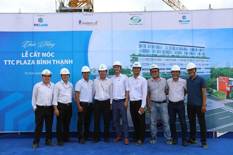 Dự án TTTM kết hợp văn phòng đầu tiên của TTC Land tại TP.HCM cất nóc
