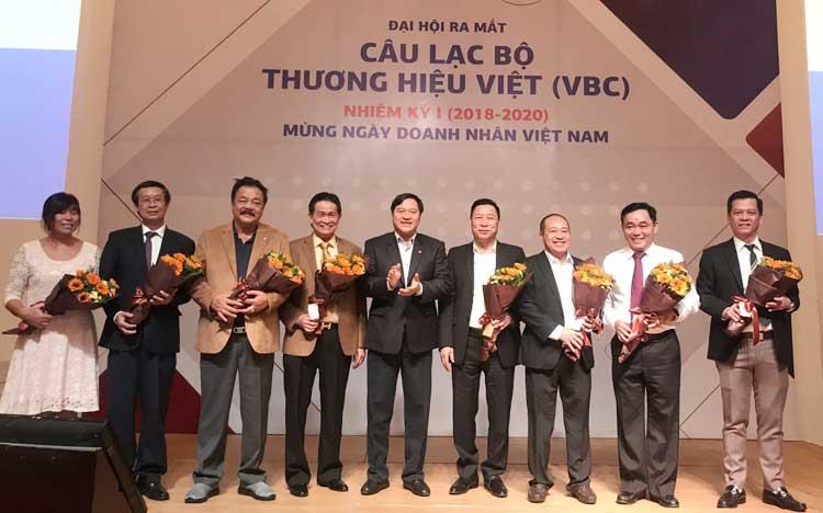 Ra mắt CLB Thương hiệu Việt