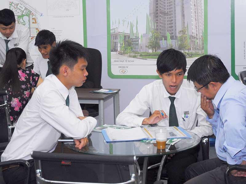 TP.HCM kiến nghị Thủ tướng gỡ vướng giao dịch bất động sản
